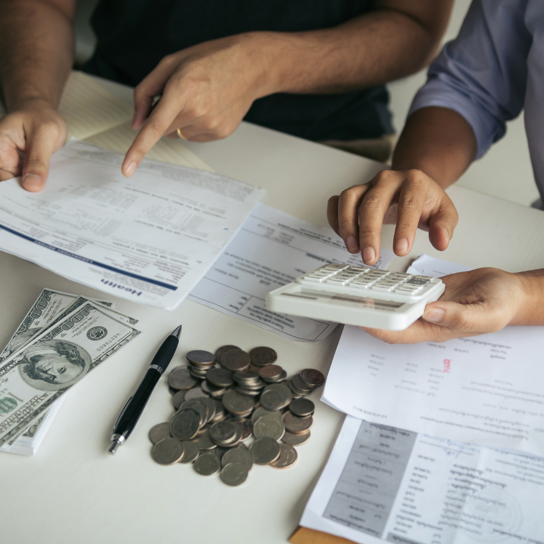 Common Mistakes of People in Managing their Money